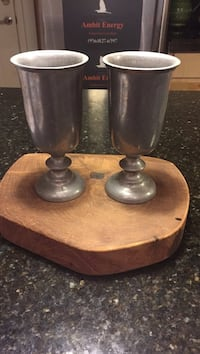 two brown and black candle holders Edinburg, 78539