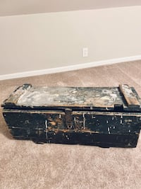 Antique Vintage Wood Tool Box / Chest  I.E. duPont de Nemours