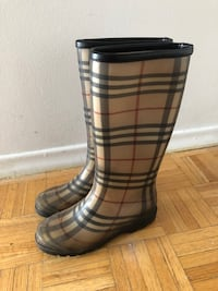 Authentic Burberry checkered rain boots