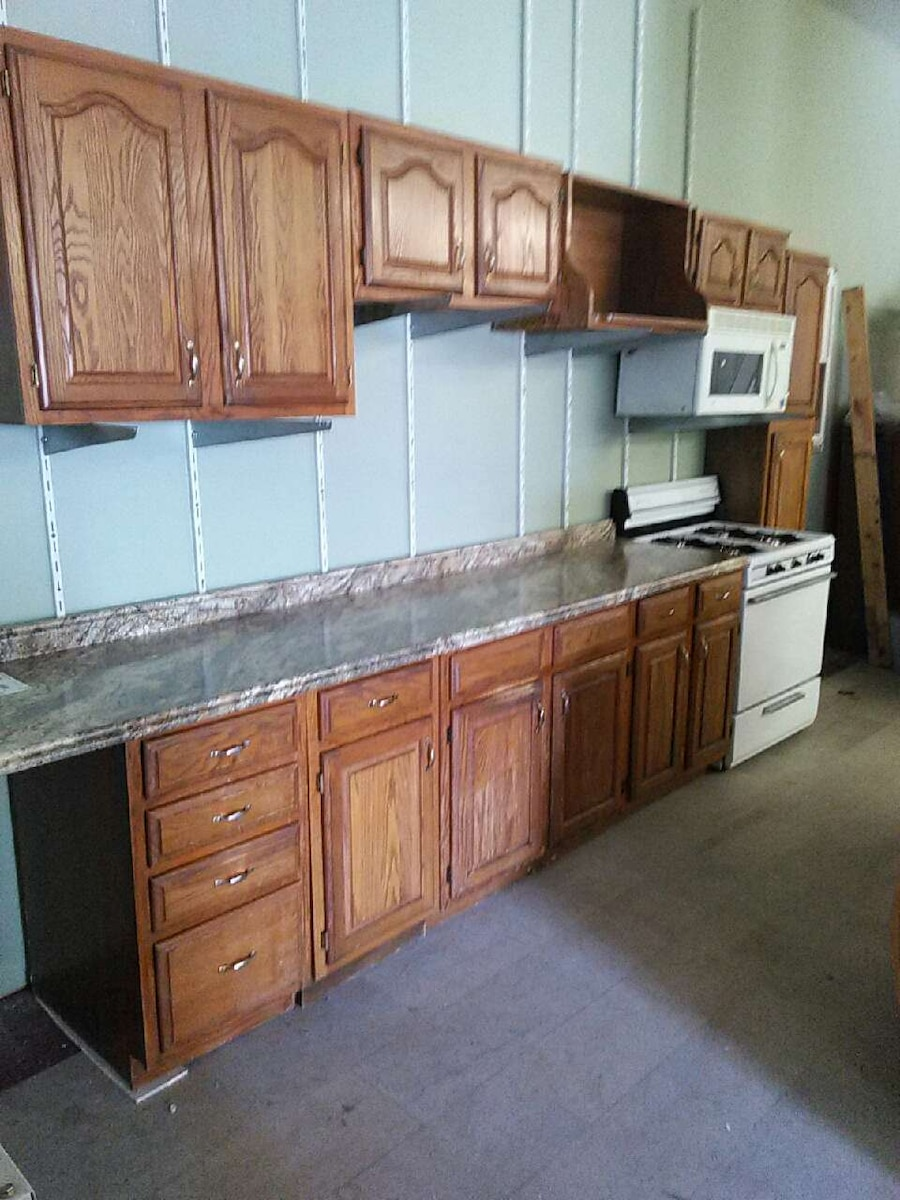 Letgo 12 39 long kitchen cabinet set in cleveland oh for Long kitchen cupboard