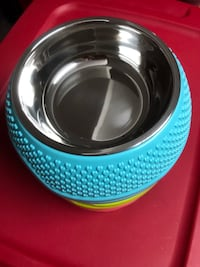Pet dog bowl Mississauga, L5B