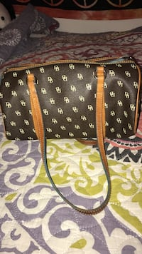 Dooney and Bourke purse Crystal Lake, 60014