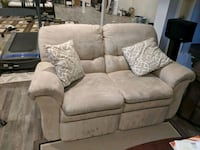 LAZYBOY SUEDE RECLINER COUCH SET Newmarket, L3X 1L6