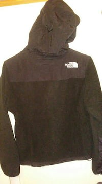 black The North Face pull over hoodie Upper Marlboro, 20774