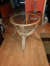 Bamboo table with round glass top