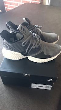 Brand new adidas size 11 Mont-Royal, H4N 2P3