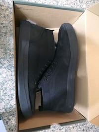 Size 14 Timberland shoes