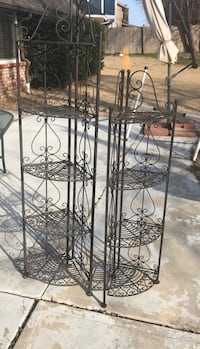 Outdoor metal flower shelf stand