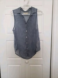 black and gray button-up sleeveless shirt Mississauga, L5W 1T2
