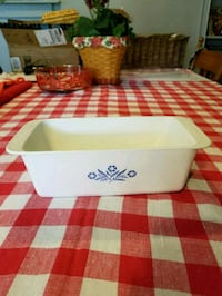"Corningware Loaf Pan 2 Qt. 9""x5""x3"" made in USA Hagerstown, 21740"