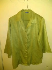 Medium green shirt Las Vegas, 89102