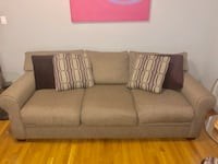Sofa + Accent Chair New York, 11432