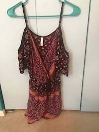 Boho romper with clip front size small Damascus, 20872