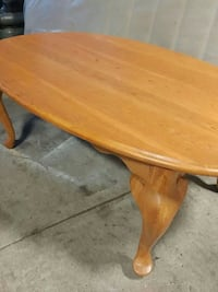Oak coffee table  Victoria, V8Z 7X6