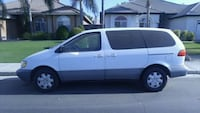 Parting out Toyota - Sienna - 1999 Bakersfield, 93304