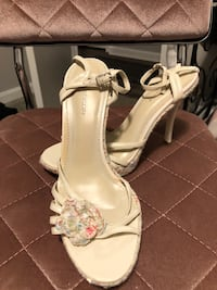 Size 8 heels by Delicious Fort Campbell, 42223