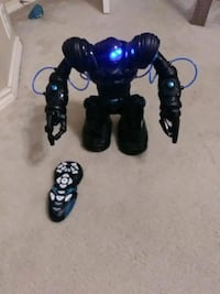 black and blue robotic toy with remote Little Elm, 75068