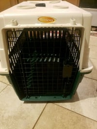 Cream  and green pet carrier West Babylon