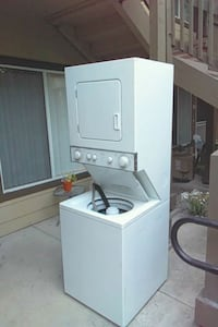 white stackable washer and dryer Fair Oaks, 95628
