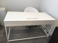 White Desk and Rolling Chair Toronto, M6C 3Z2