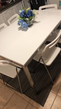 IKEA Dining table with six chairs Oakville, L6M 3P9