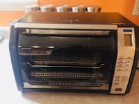 Black and Decker digital convection toaster oven Brampton, L6T 1H7