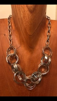 Paparazzi Silver Necklace and Earring Set Silver Spring, 20910