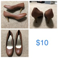 Pair of brown leather heeled shoes Jacksonville, 28540