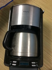 Stainless steal coffee pot Grand Ledge, 48837