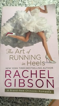 The art of running in heels. Libro in lingua inglese  Sclaunicco, 33050