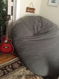 Giant Gray beanbag chair Northfield, 08225