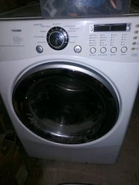 Washer and Dryer with pedestal Kansas City
