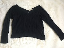 Hollister knit pull over sweater