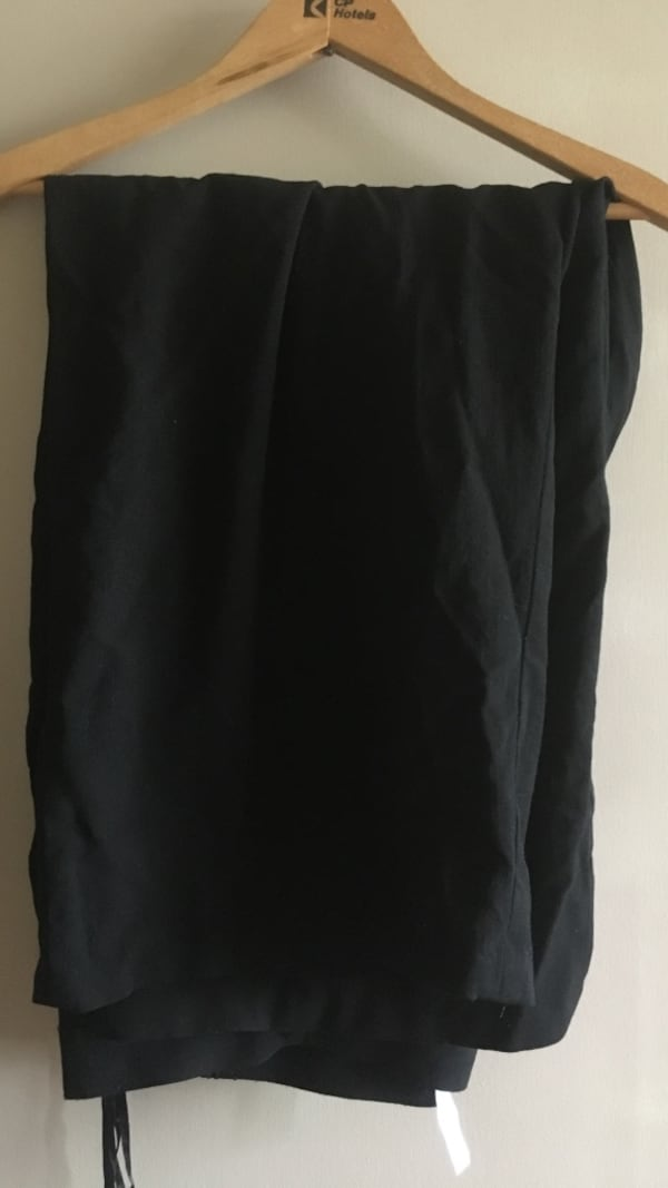 22W black dress pants f535e8a8-812b-4ccb-b1b4-23f2aa488ac0