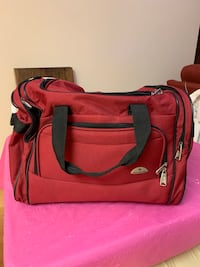 Large Samsonite Duffle Bag for travel. Vancouver, V5W 1H1