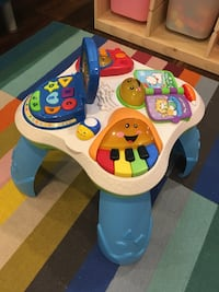 Fisher price stand and play toy Milton, L9T 3A8