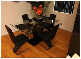 Dining Room Kitchen Table Set!