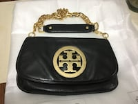 Black Tory Burch leather sling bag Surrey, V3R 4H1