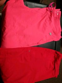 red crew-neck shirt El Paso, 79928