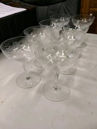 Crystal champagne or desert glasses Trussville, 35173