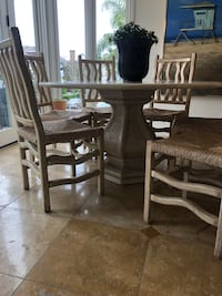 Kreiss Table and 6 chairs Newport Beach, 92662