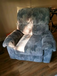 Recliner chair Vancouver, V6T 1L5