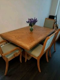 Wooden Table and Chairs Markham, L6E 0M9