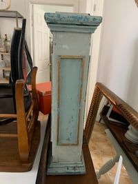 TIFFANY BLUE PAINTED ARCHITECTURAL ELEMENT/BALUSTRADE