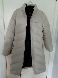 Down Marmot jacket ladies size small Delta, V4C 3R3