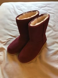 Koolaburra by UGG Womens Boots Sz 7 Red Maroon Suede Winter Brand New Milpitas, 95035