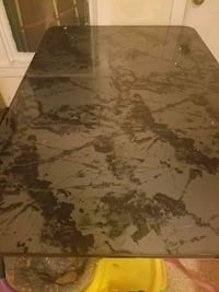 Black marble table  North Little Rock, 72118
