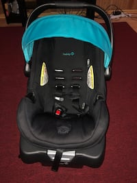 Baby's blue and black car seat saftey first expires 2025 Toronto, M1P 2H4