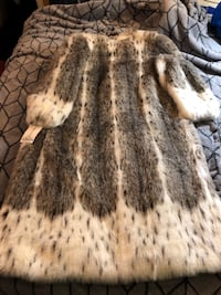 Brand new Faux Fur coat Taneytown, 21787