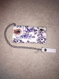 Skull spiderweb rose chain wallet London, N6A 2S5